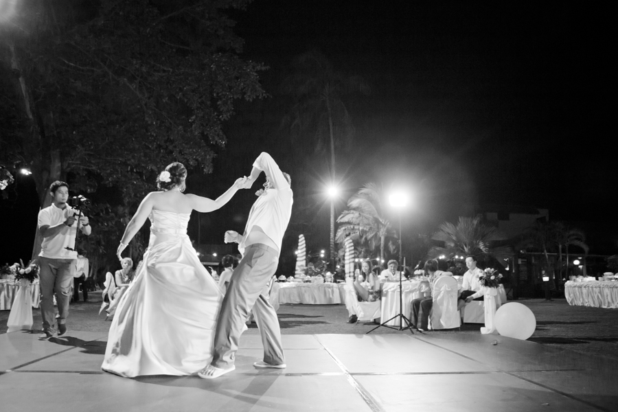 destination_wedding_photographer_thailand_phuket_merlin_beach_resort-90
