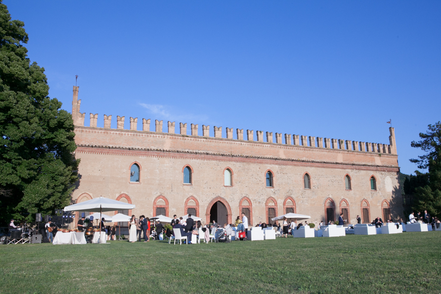 wedding_photography_bologna_castle_classical_classy_reportage_naturel_sans_pose-107